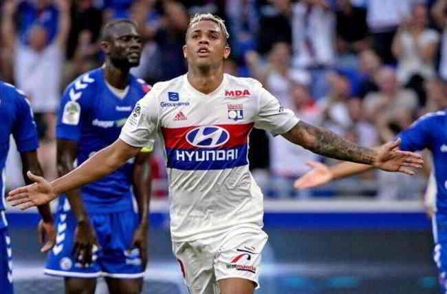 Accostato al Napoli, Mariano Diaz firma con il Real Madrid