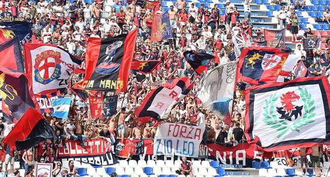 Da applausi l'iniziativa dei tifosi del Genoa per il crollo del Ponte Morandi