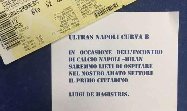 Gli Ultras del Napoli invitano il sindaco Luigi De Magistris in Curva B