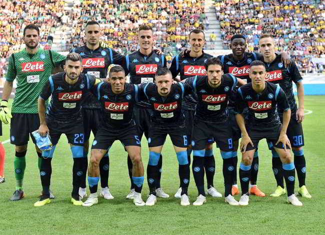 """Sky, Mertens e la nuova maglia con la """"pantera"""". Ancelotti pensa ad un cambio"""