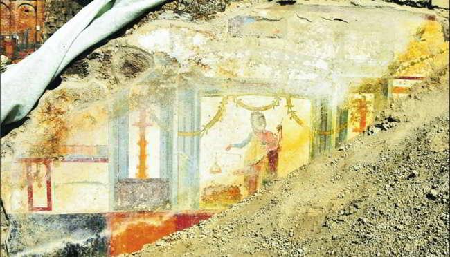 Pompei affreschi ritrovati alla casa di Priapo. Dagli scavi emerge un tesoro