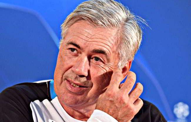 Sky: In Germania rimpiangono Ancelotti, c'è una bufera per averlo cacciato.