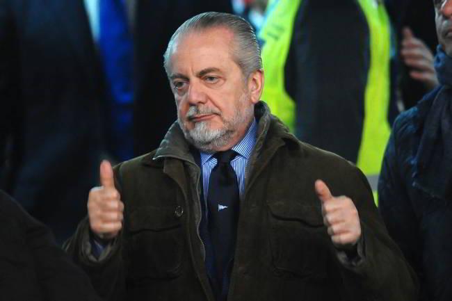 De Laurentiis chiama Ancelotti. Il tecnico rimprovera i leader azzurri. I dettagli