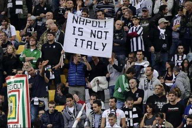 Juventini Napoletani contro juventini di Torino. Scontro nella tifoseria bianconera. I True Boys non vogliono i cori su Napoli, i torinesi continuano a cantarli