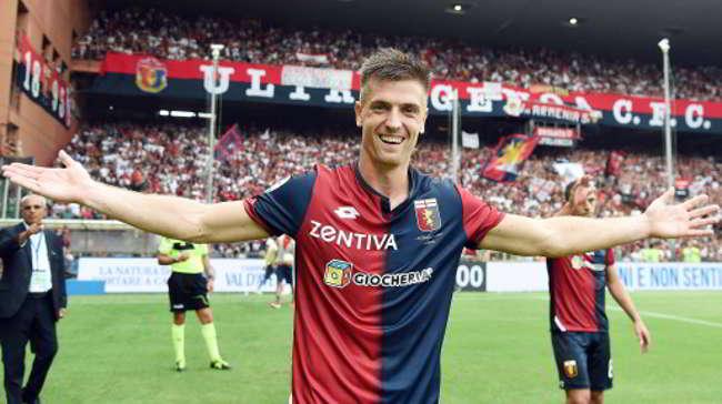 L'agente di Piatek conferma l'interesse del Napoli. 25 milioni al Genoa
