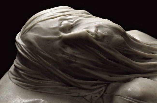 La statua del Cristo Velato a Napoli e leggenda del velo di marmo
