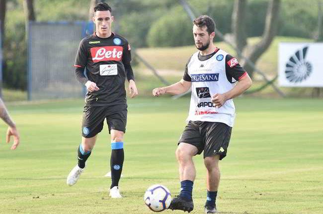 """Tutta la felicita di Younes sui social: """"ho disputato il mio primo allenamento col Napoli!"""""""