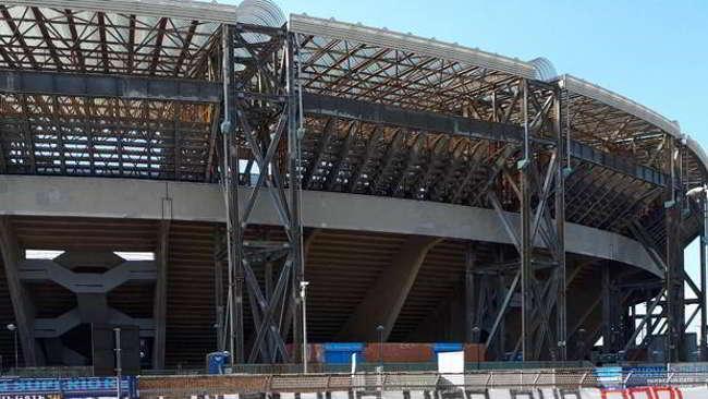 Al San Paolo arrivano seggiolini e maxischermi sul «modello» Dacia Arena