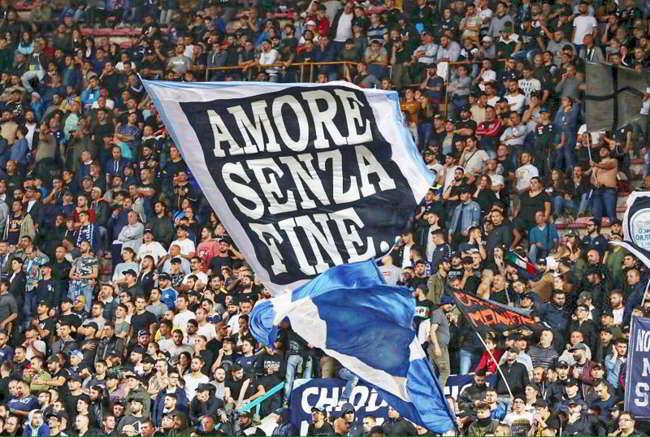La classifica delle migliori tifoserie del mondo. Napoli nella top 20.