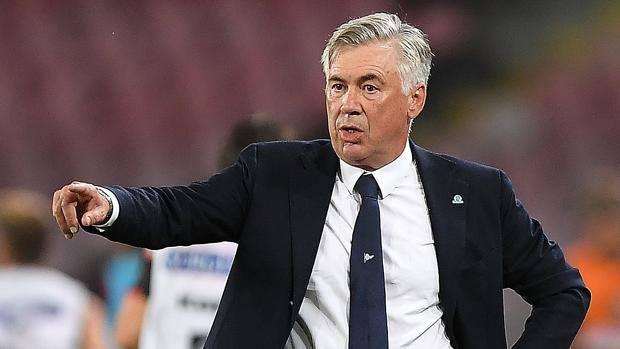 Le scelte di Carlo Ancelotti in vista della sfida a Bergamo contro l'Atalanta per non perdere terreno dai bianconeri