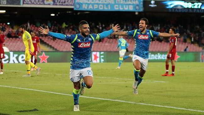 Liverpool-Napoli probabili formazioni. Ancelotti e Klopp si sfidano ad Anfield. Meret e Ghoulam in tribuna. Salah titolare.