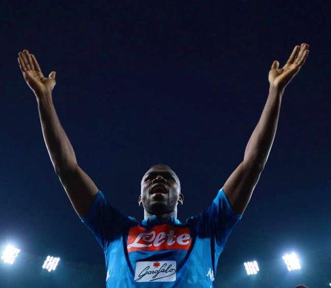Tutti vogliono Koulibaly. Asta da 120 milioni. United e Barcellona…