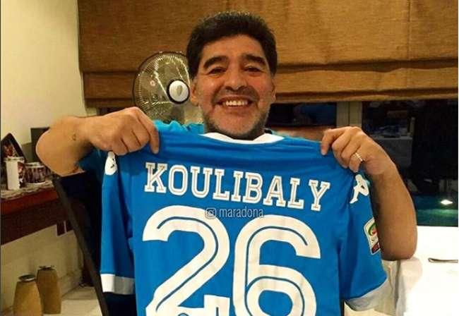 """Messaggio di Maradona a Koulibaly : """"cori razzisti perché avevo la maglia del Napoli..."""""""