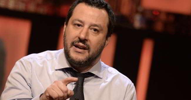 """Salvini a Tiki Taka: """"Razzismo? anche Bonucci fu insultato. Mazzoleni ha fatto bene. Koulibaly....!"""