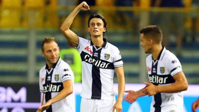 """Inglese: """"non sono ai livelli di Milik, chiedete al Napoli quanto valgo..."""""""