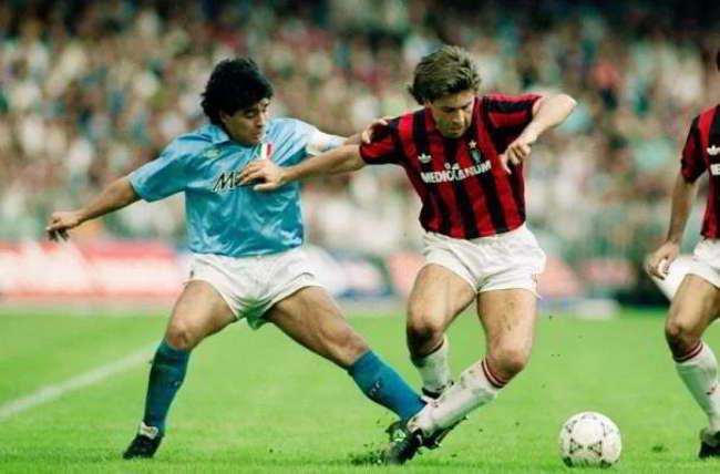 Napoli Mars ed M&M's di nuovo insieme, saranno Official Chocolate Snack. Ritorna lo sponsor della Copa Uefa 1989.
