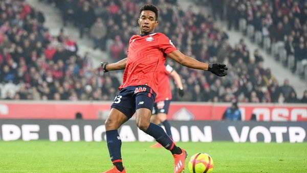 Napoli, Thiago Mendes per sostituire Allan. Dalla Francia dicono...