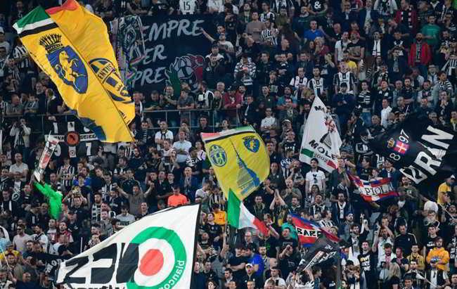 Napoli-Juventus. Arriva la strana decisione degli ultrà Juventini