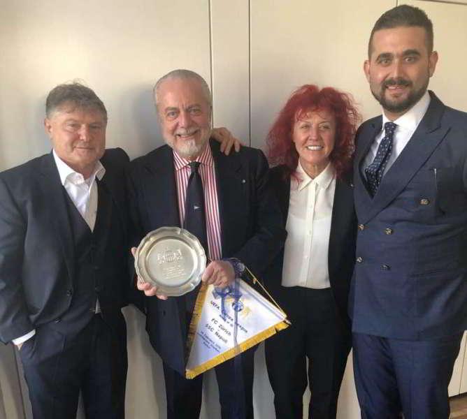 "Juventini contro De Laurentiis: ""Pappone, forza Juve"""