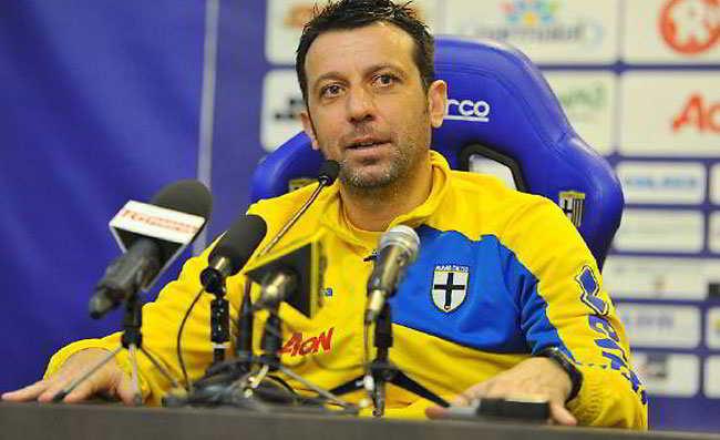 """Parma, D'Aversa: """"abbiamo perso contro la più forte della serie A. Decisioni dubbie dell'arbitro..."""""""