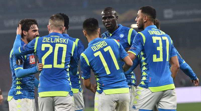 Il Napoli batte lo Zurigo e vola agli ottavi di Europa League