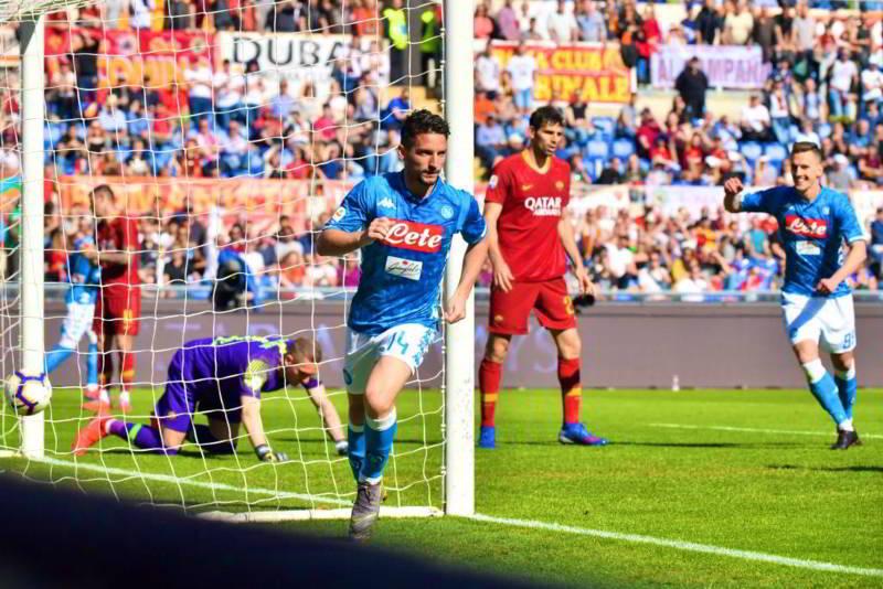 Roma-Napoli 1-4. Gli azzurri asfaltano i giallorossi. Record per Mertens