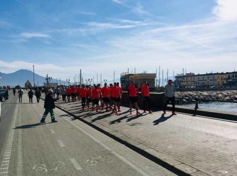 """Il Salisburgo sul lungomare di Napoli. I Napoletani: """"benvenuti in paradiso"""""""