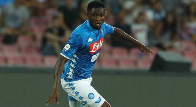 Diawara si è rotto un piede. Non arrivano buone notizie dall'infermeria del Napoli. Il centrocampista resterà fermo almeno un mese.
