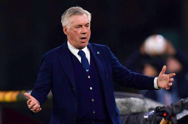 Ancelotti lavora al futuro del Napoli. Squadra ribaltata