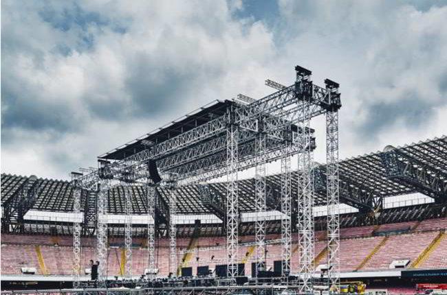 Quando lo stadio diventa spettacolo: Londra, Lilla e Napoli
