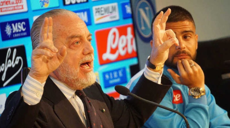 Il Napoli vuole abolire i biglietti. Abbonamenti speciali per famiglie