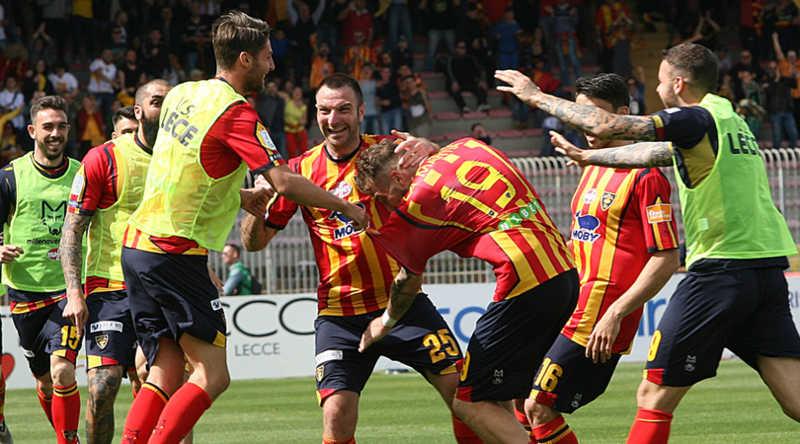 Lecce torna in serie A. Palermo e Benevento in Play off. Il trionfo del sud