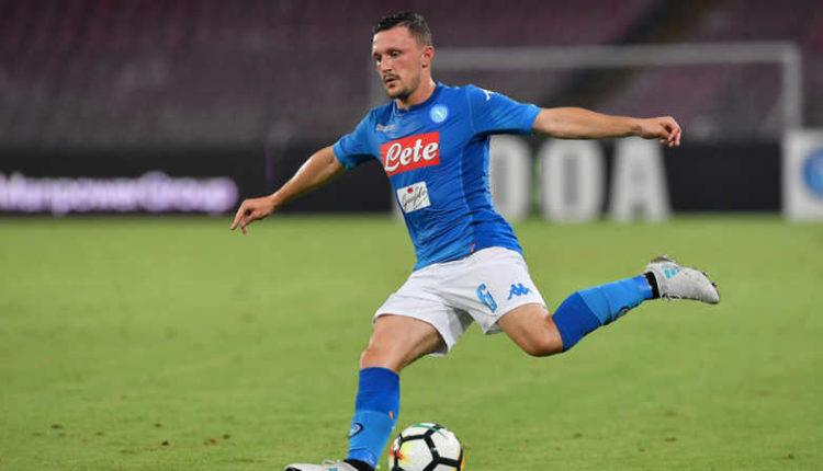 Napoli, due club vogliono Mario Rui. L'esterno è scontento
