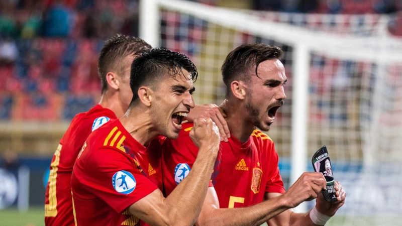 """Spagna, Fabian Ruiz: """"voglio vincere con il Napoli, altro che mercato"""""""