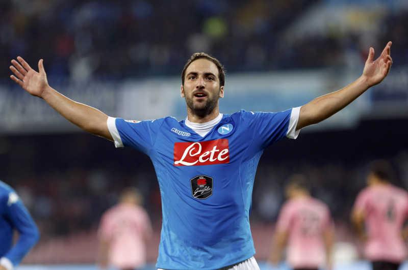 """Higuain ha tradito Napoli. Chiariello: """"ecco l'sms che lo inchioda"""""""