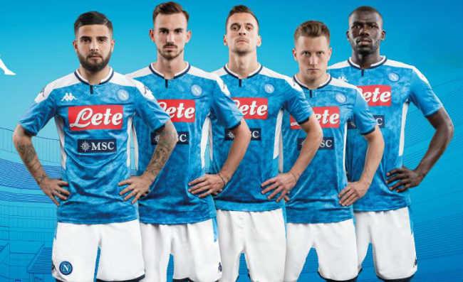 Abbonamenti Calcio Napoli 2019/20. I prezzi e le sorprese per i tifosi