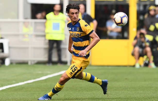 Ufficiale: Il Napoli cede Inglese al Parma. Affare da 22 milioni
