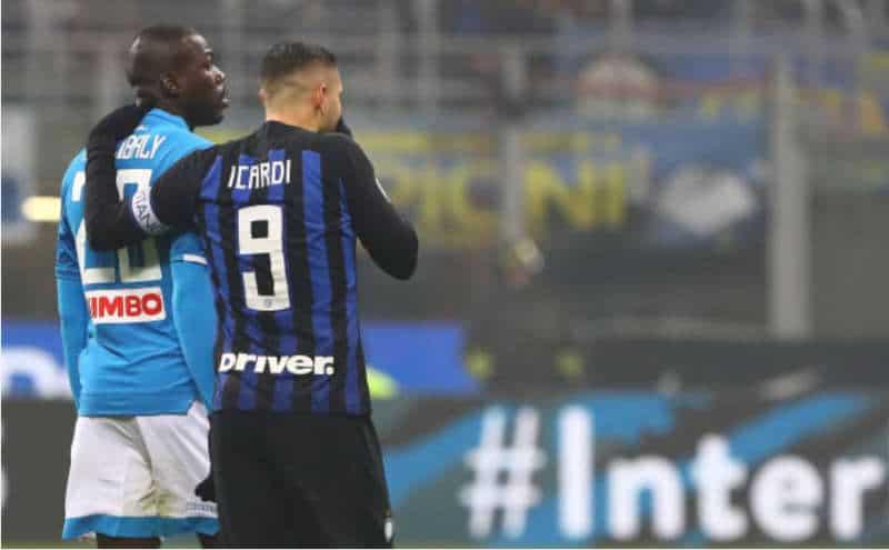 Telefonate dei giocatori del Napoli a Icardi. Lozano impaziente di arrivare