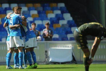 Napoli-Brescia 2-1. Gli azzurri si portano a -6 dall'Inter