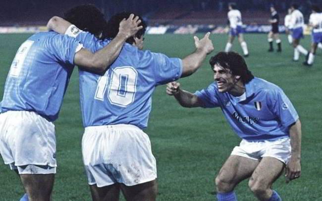 Zola si scontrò con Ancelotti e si fece sostituire da Maradona
