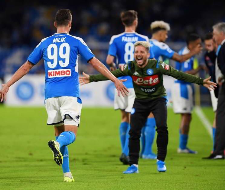 Milik rifiuta il rinnovo con il Napoli. Mertens vuole restare