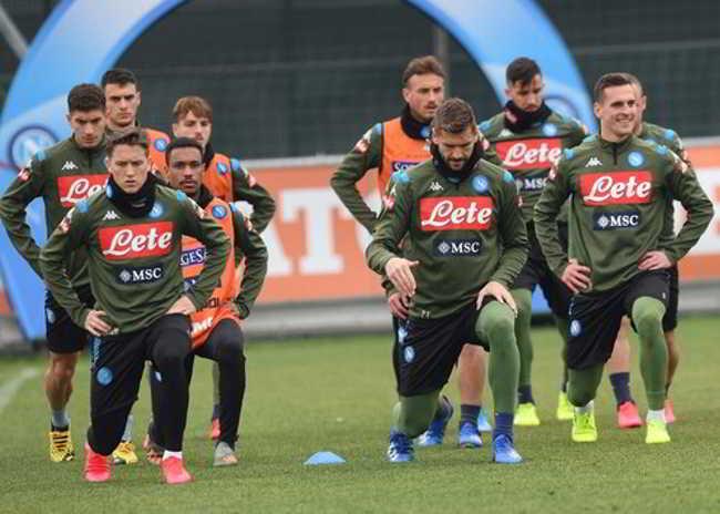 Napoli-juventus report allenamento
