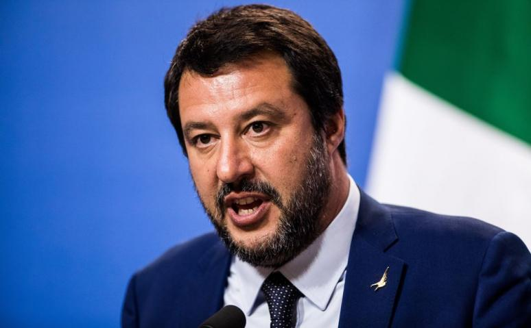 Salvini condannato cori contro napoletani