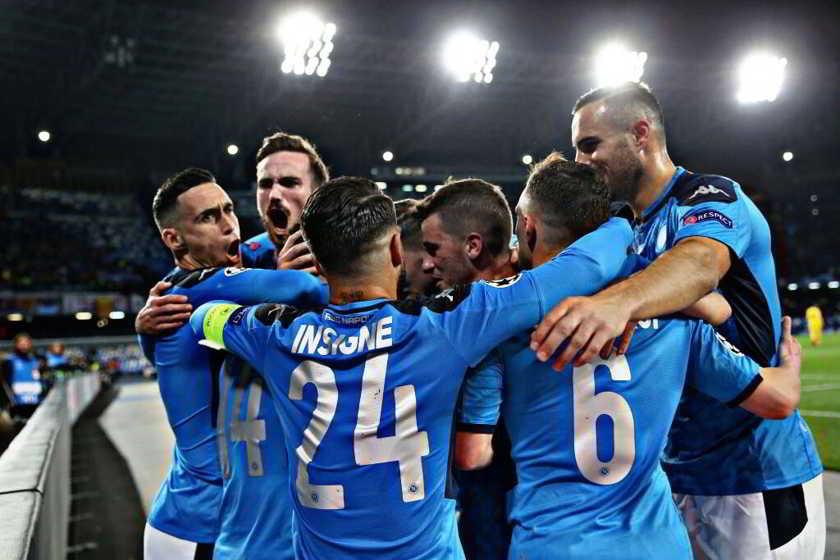 NAPOLI-BARCELLONA 1-1 Messi non punge Mertens si