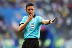 L'Ajax chiede 12 milioni agli arbitri: Quanto dovrebbe chiedere il Napoli?