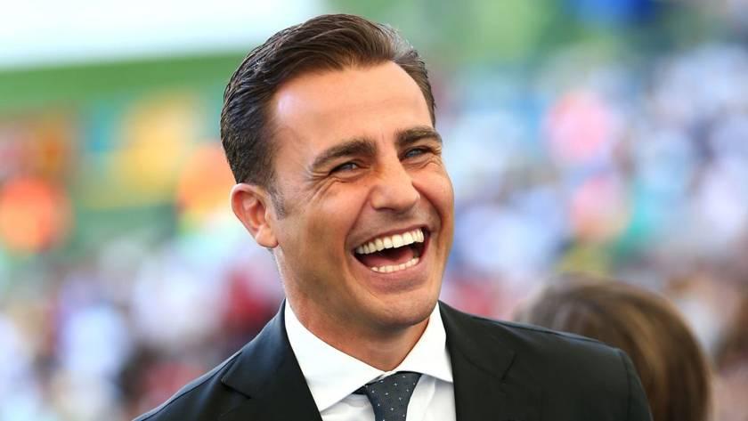 Fabio Cannavaro cuore d'oro: Dona mascherine e ventilatori al Cotugno