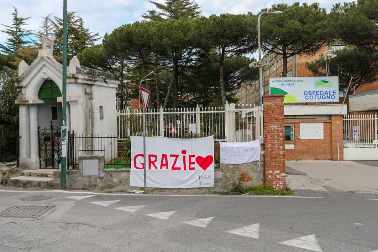 Napoli, dimesse dal Cotugno altre 11 persone curate con il Tocilizumab
