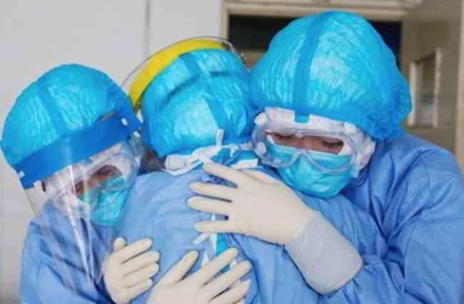 campania infermiere morto coronavirus