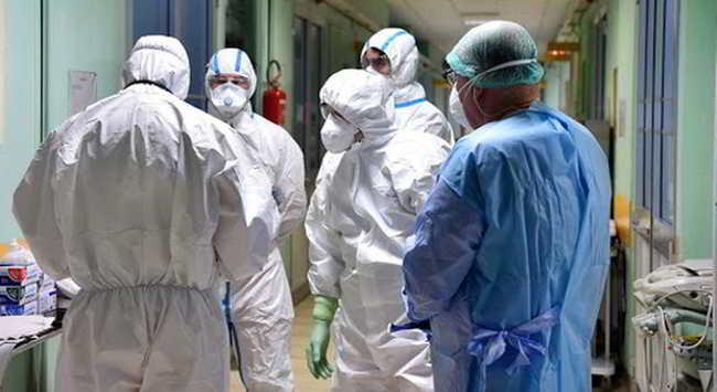 guanti mascherine coronavirus