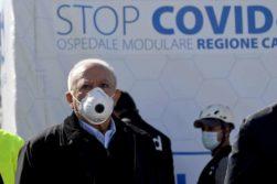 Coronavirus. In Campania mascherine obbligatorie. Calano i contagi